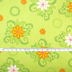 Fat Quarter - Flowers in Green