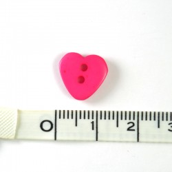 Heart resin button Fuchsia