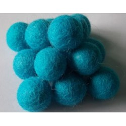 10 Bolas de fieltro 1cm - 10 Curious Blue