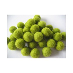 10 Felt balls 1cm - 13 Lemon Green