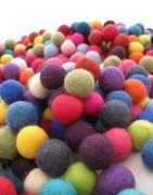 All the felt balls in Artama.es